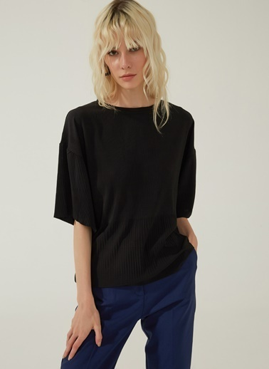 People By Fabrika Kendinden Pliseli Örme Bluz Siyah